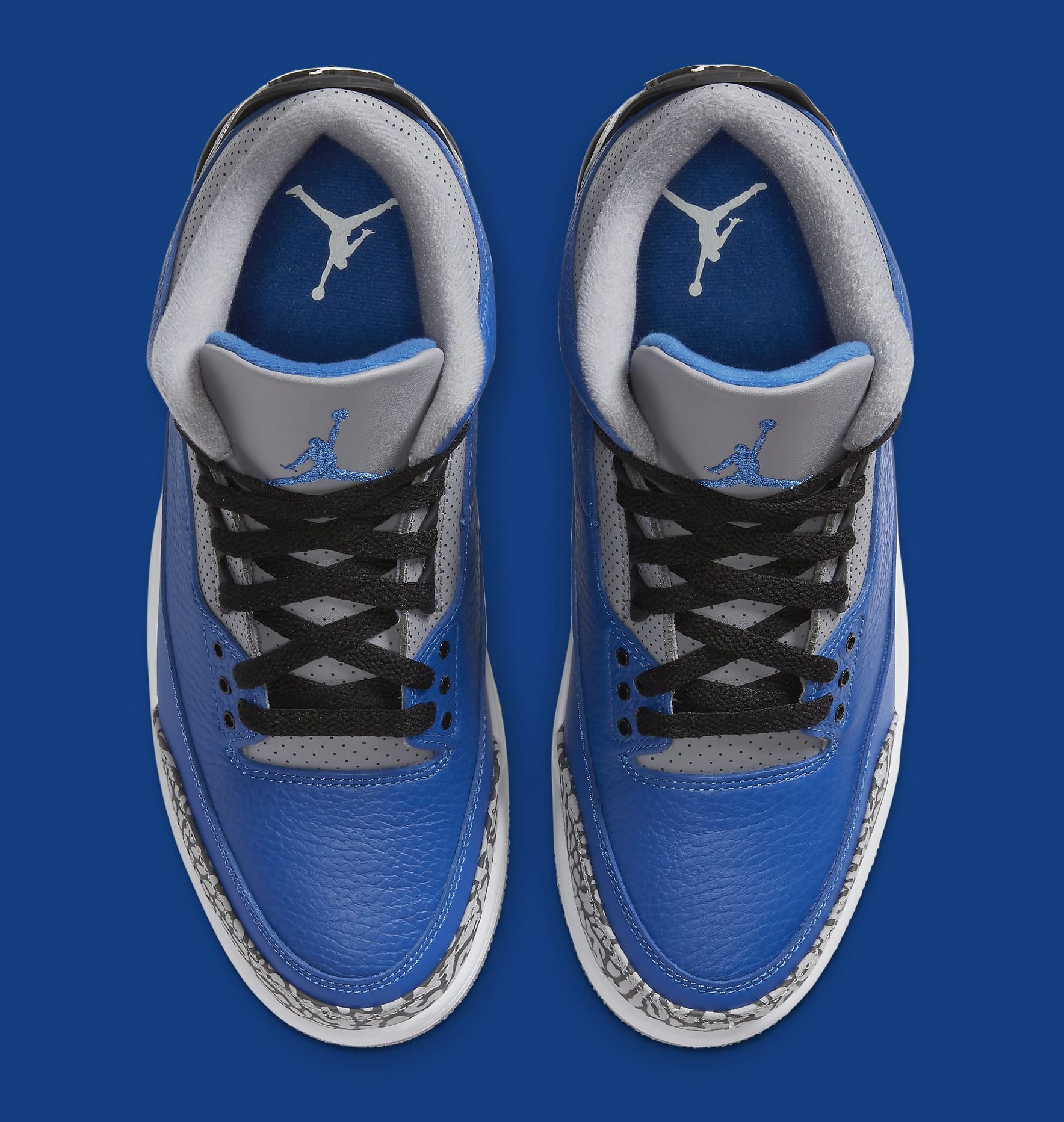 Air Jordan 3 III Retro 'Varsity Royal' CT8532-400 Top