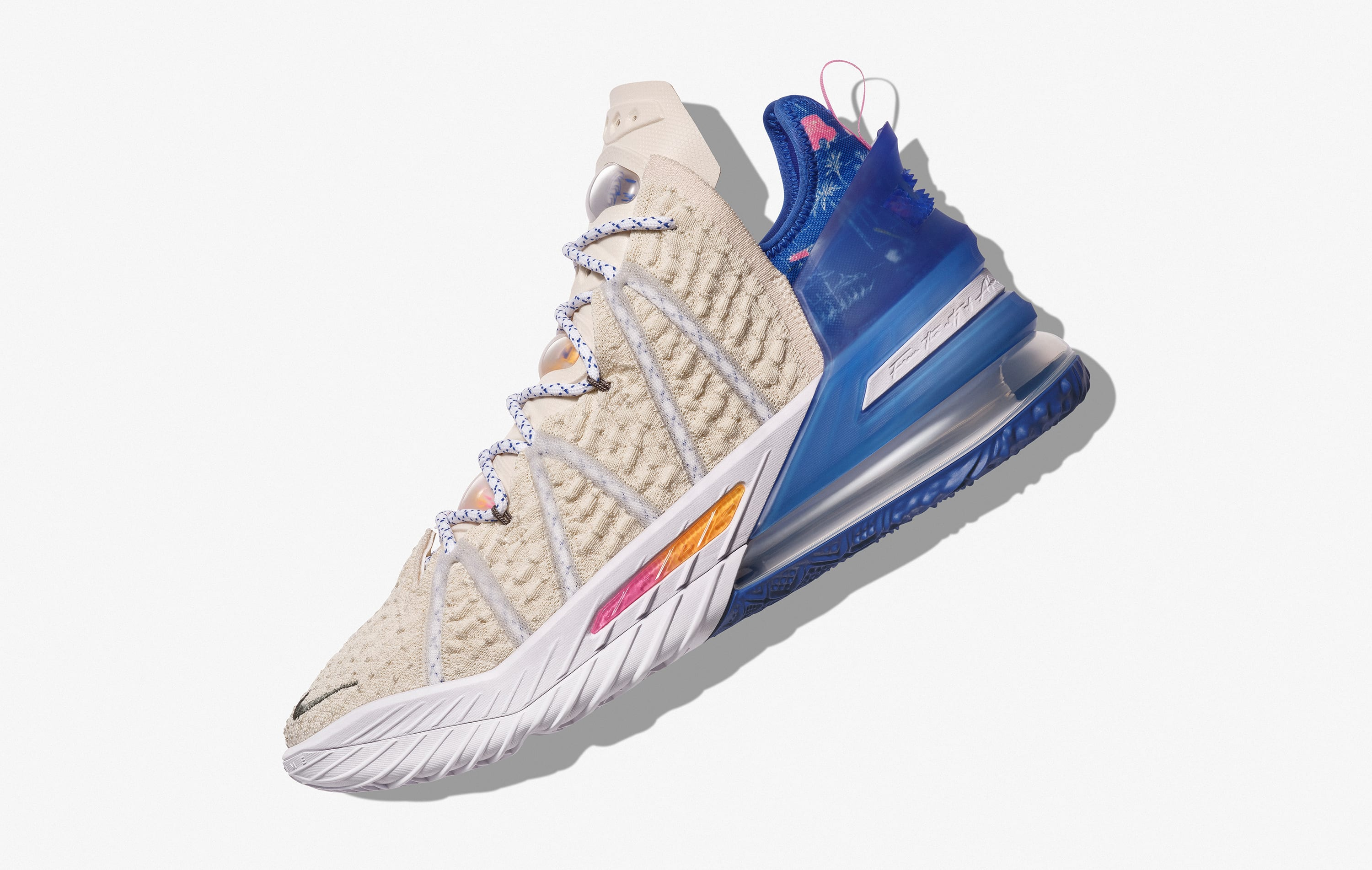 Lateral Nike LeBron 18 'Los Angeles By Day'