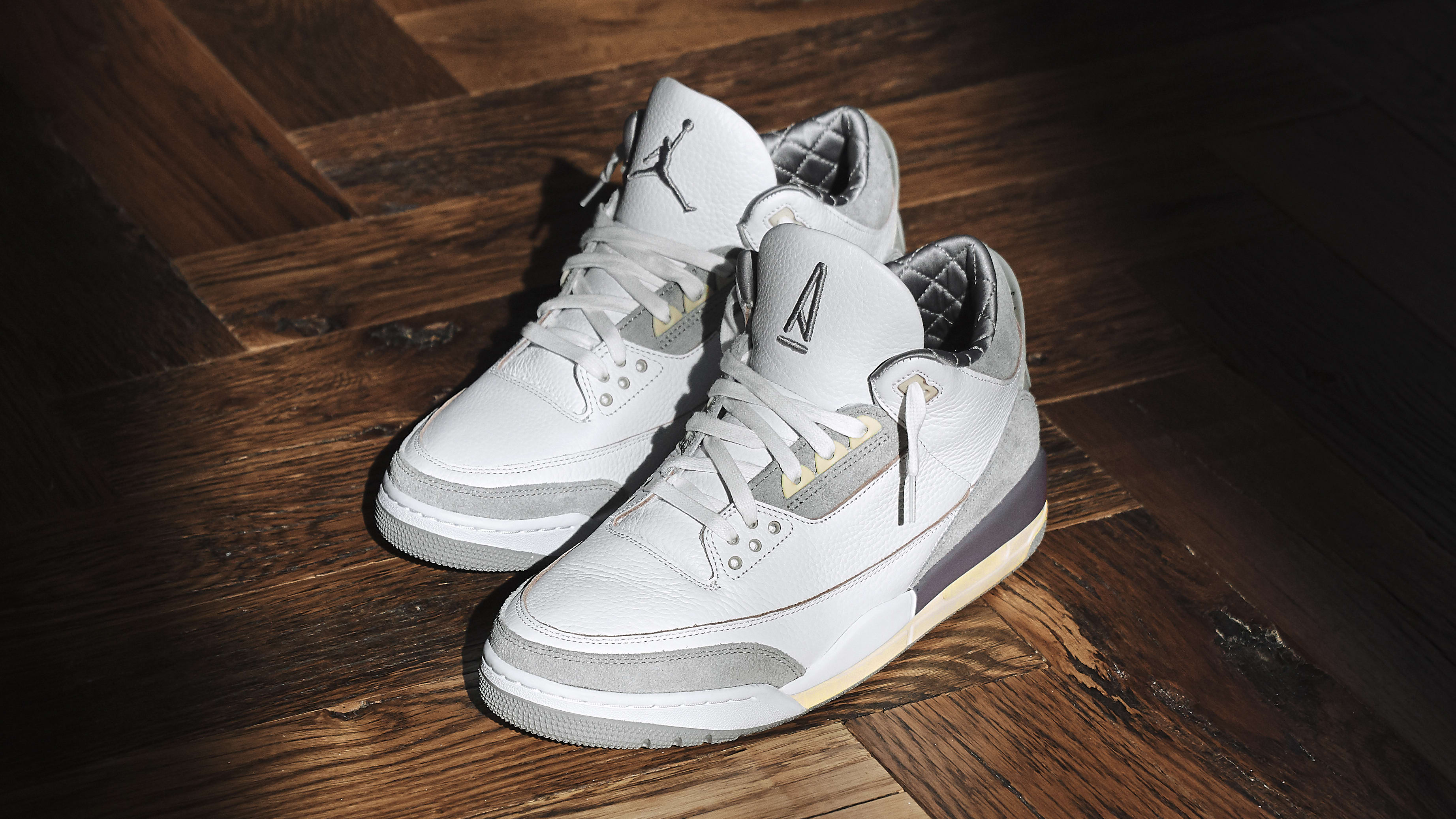 A Ma Maniere x Air Jordan 3 Retro SP Pair Angle