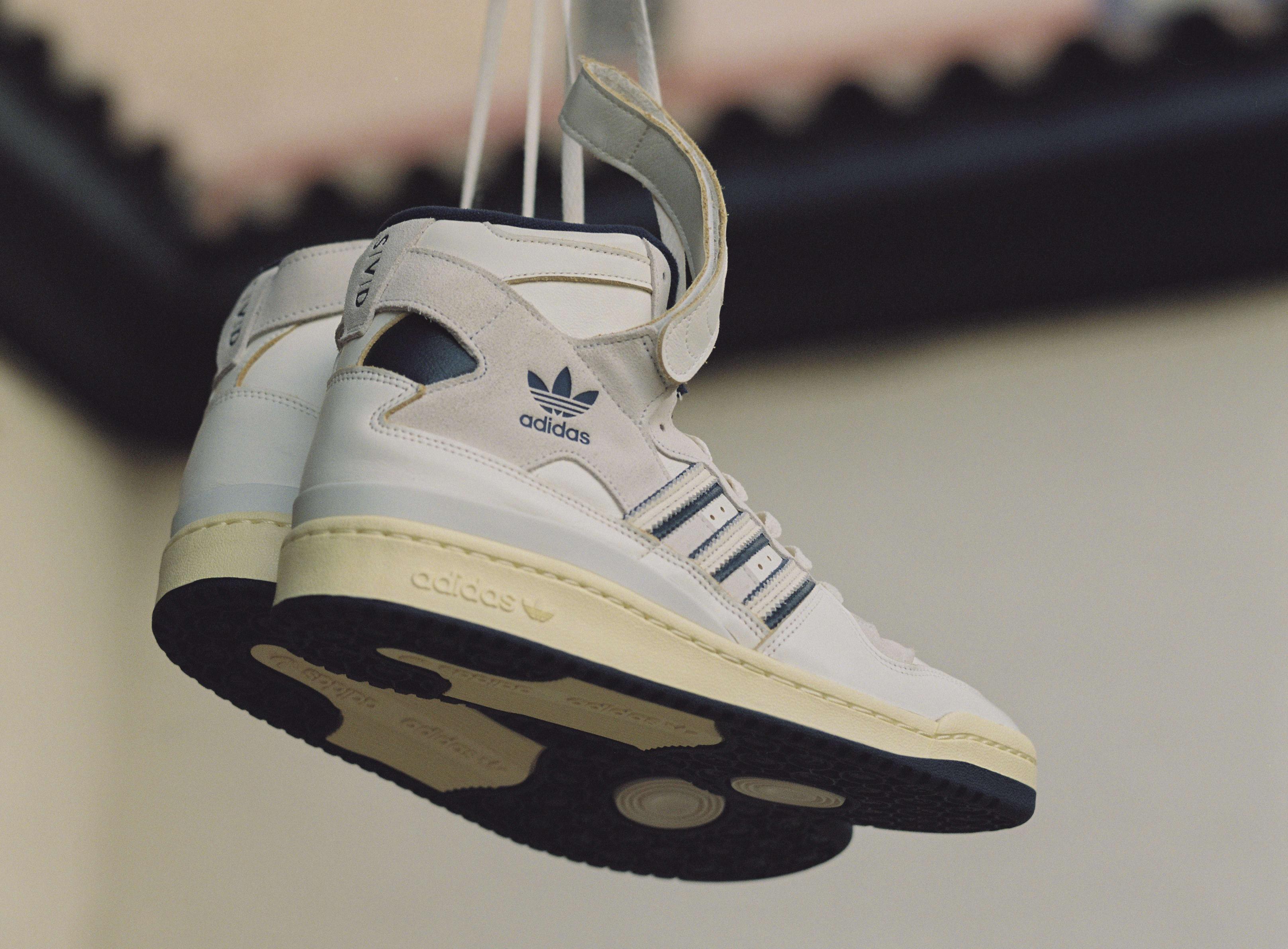Sivasdescalzo x Adidas Forum Hi Side