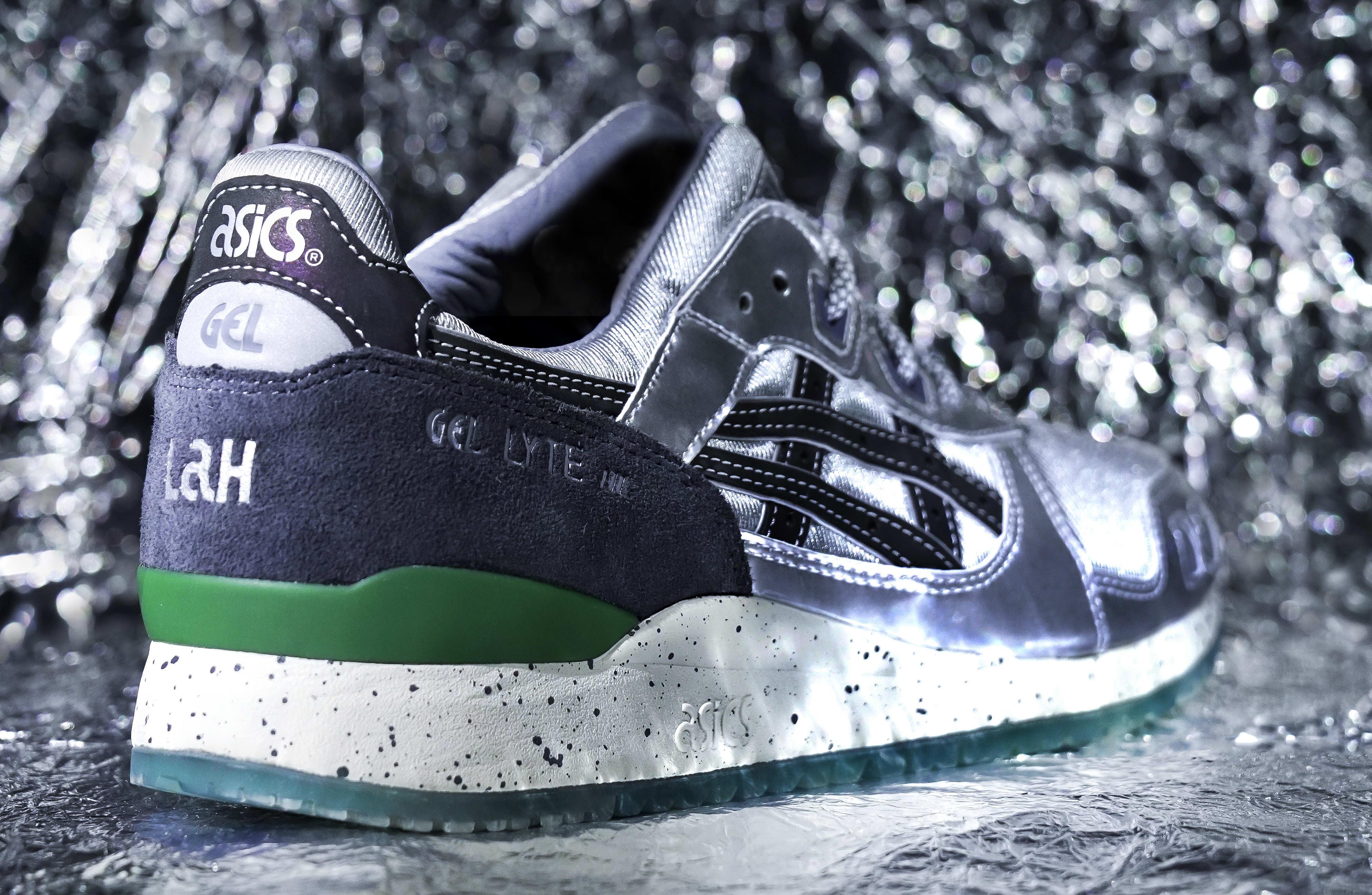 HUNDRED% x SneakerLAH x Asics Gel-Lyte 3 'Kuala Lumpur Twin Towers' Heel