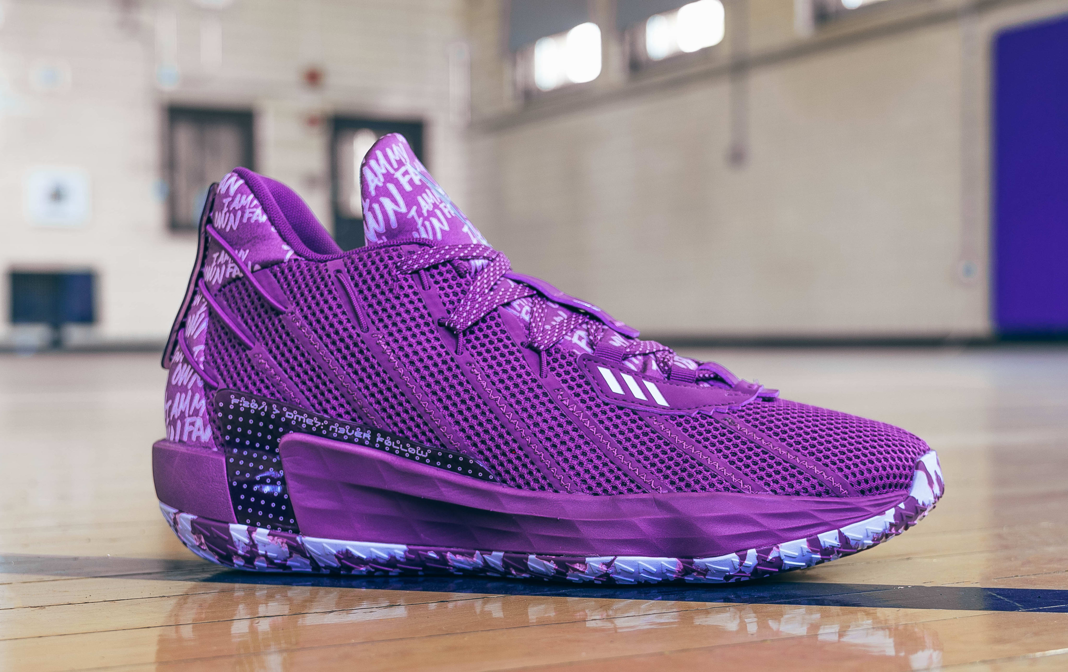 Adidas Dame 7 Purple (Lateral)