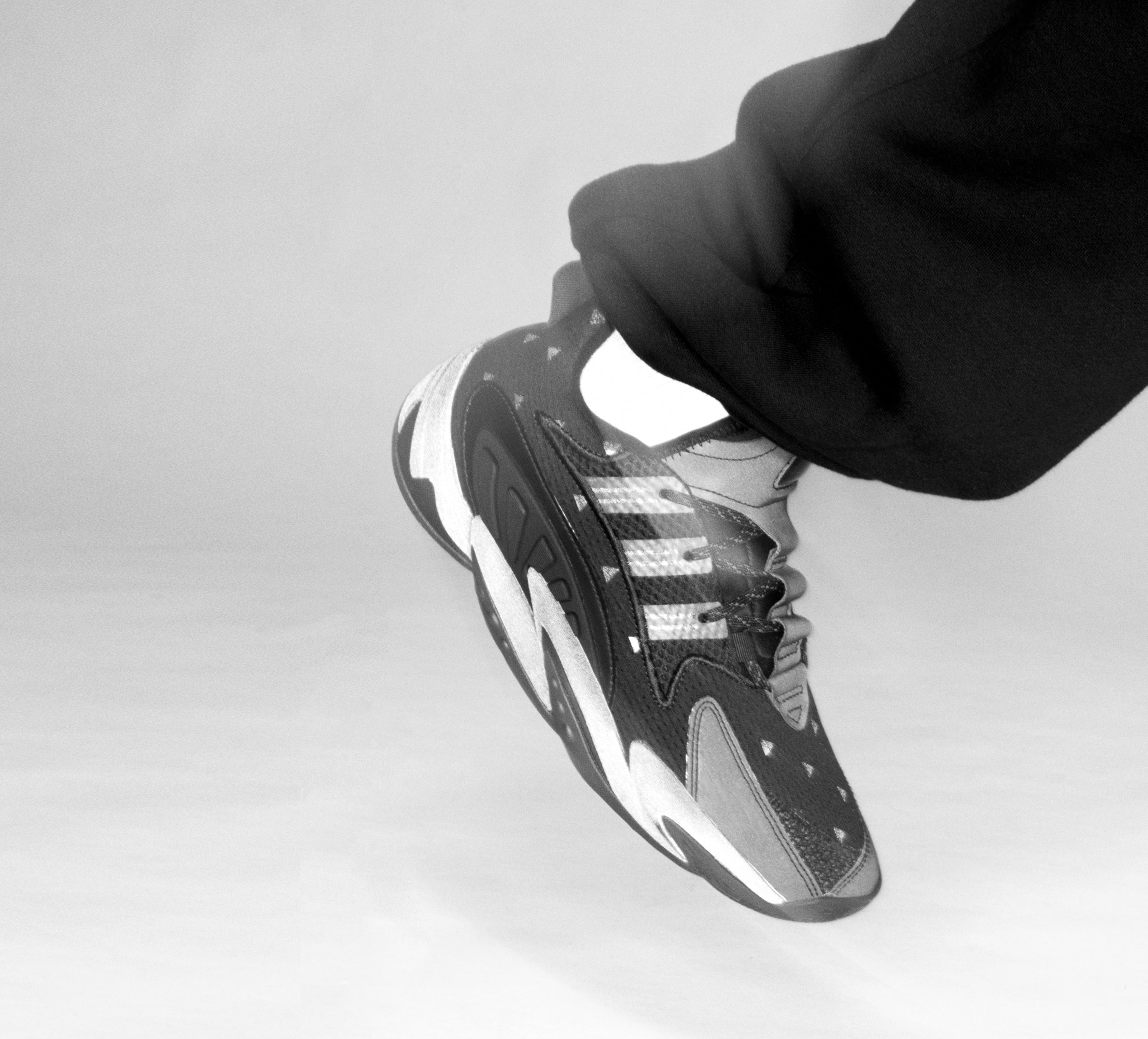 Pharrell x Adidas BYW 2.0 Lateral