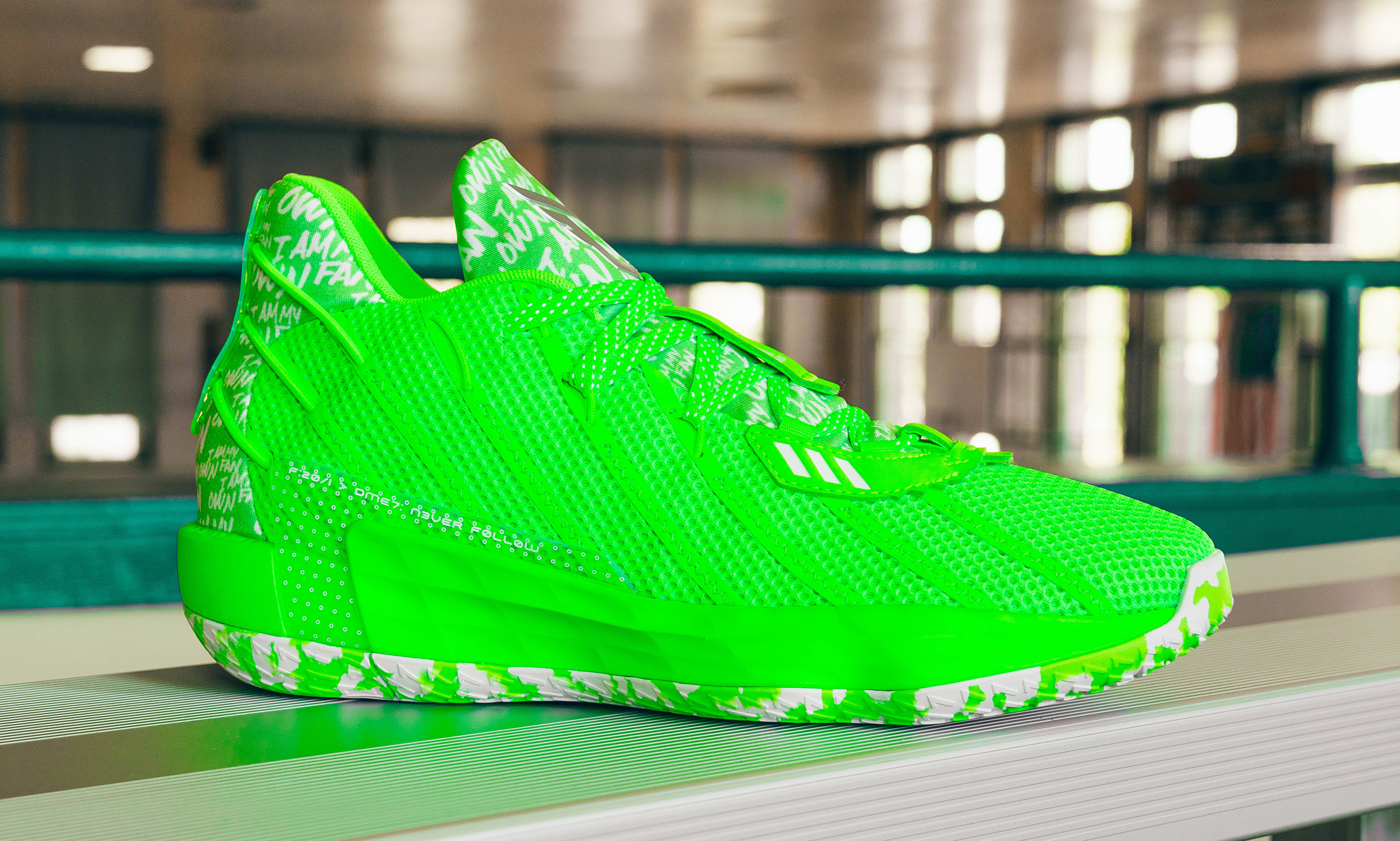 Adidas Dame 7 Lime (Lateral)