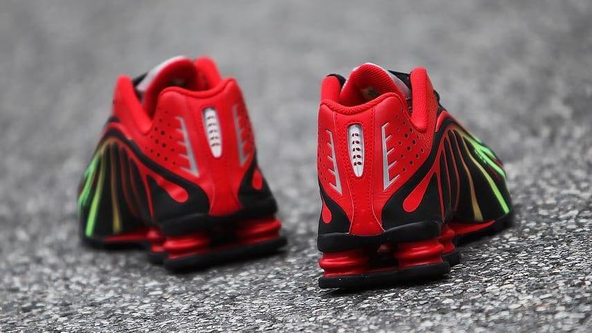 Nike Shox R4 'Neymar' (Heel)