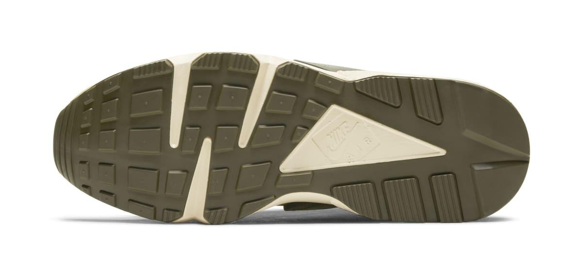 Stussy x Nike Air Huarache 'Desert Oak/Reed/Light Straw' DD1381-200 (Sole)