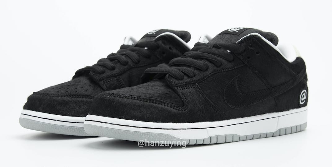 Medicom Toy x Nike SB Dunk Low 'Bearbrick' CZ5127-001 Pair