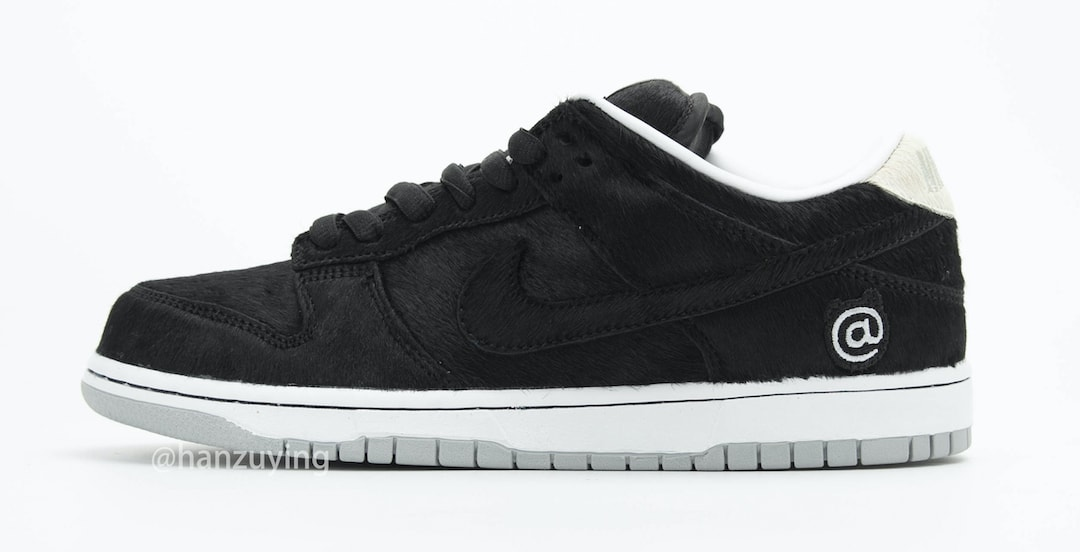 Medicom Toy x Nike SB Dunk Low 'Bearbrick' CZ5127-001 Lateral