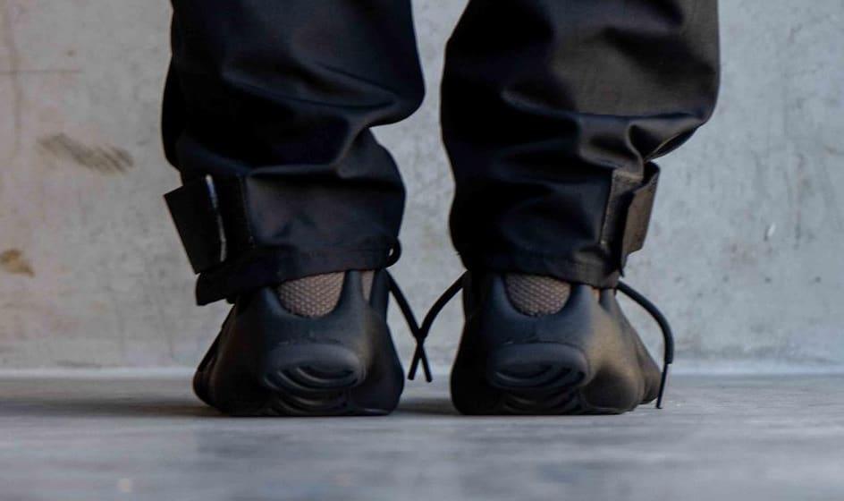 Adidas Yeezy 450 'Dark Slate' Heel