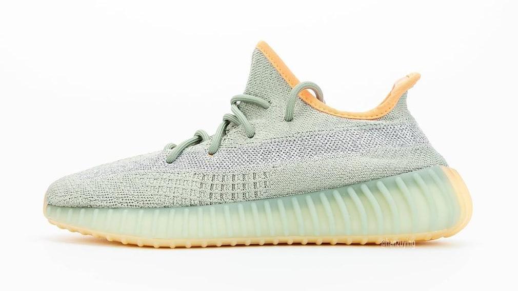 adidas-yeezy-boost-350-v2-desert-sage-fx9035-lateral