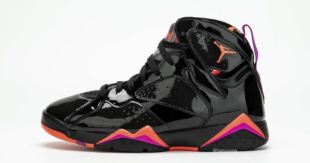 Air Jordan 7 WMNS 'Black Patent Leather' 313358-006 (Left Shoe)