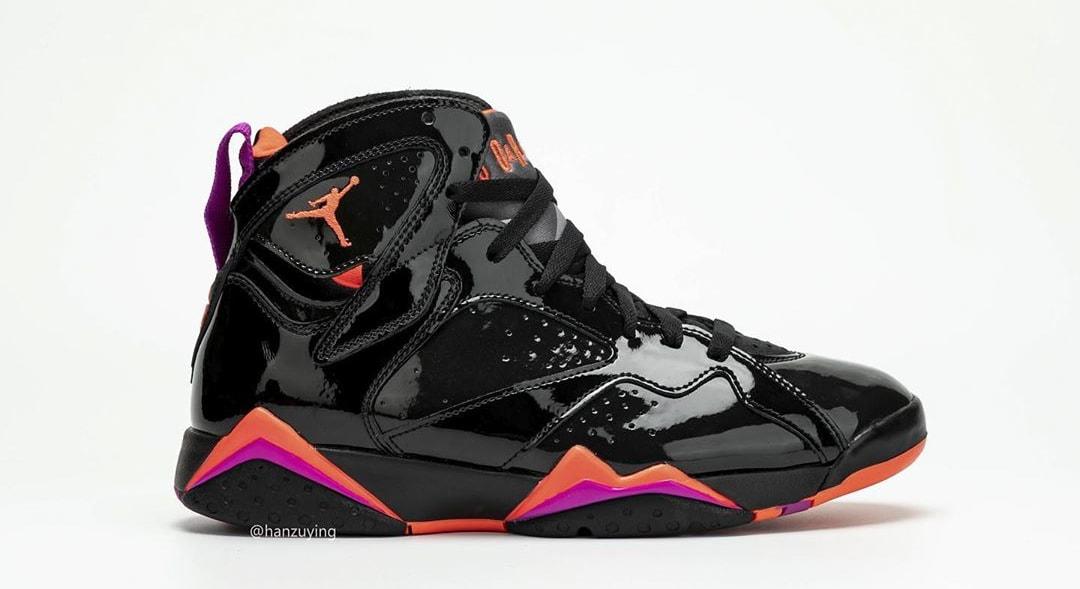 Air Jordan 7 WMNS 'Black Patent Leather' 313358-006 (Right Shoe)