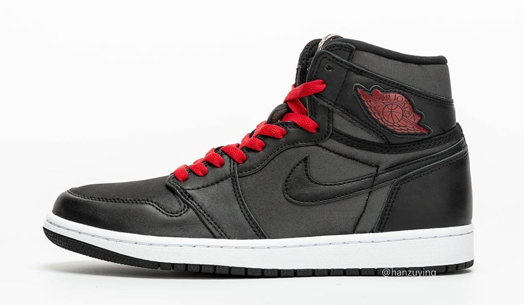 air-jordan-1-retro-high-og-black-gym-red-white-555088-060-first-look-lateral