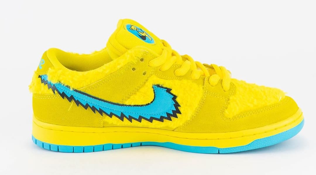 Nike SB Dunk Low Pro QS 'Grateful Dead' Opti Yellow/Blue Fury CJ5378-700 Medial