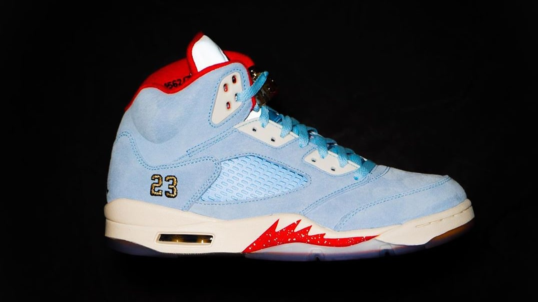 Trophy Room x Air Jordan 5 'Ice Blue' (Lateral)