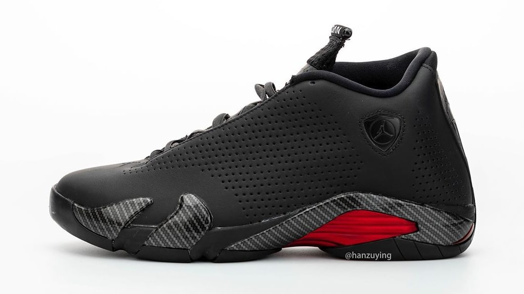 air-jordan-14-xiv-retro-black-ferrari-bq3685-001-lateral