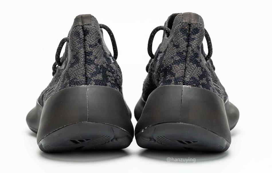 adidas-yeezy-boost-350-v3-black-heel