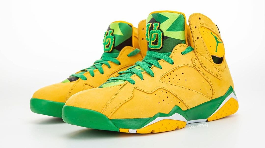 air-jordan-7-oregon-ducks-pe-pair