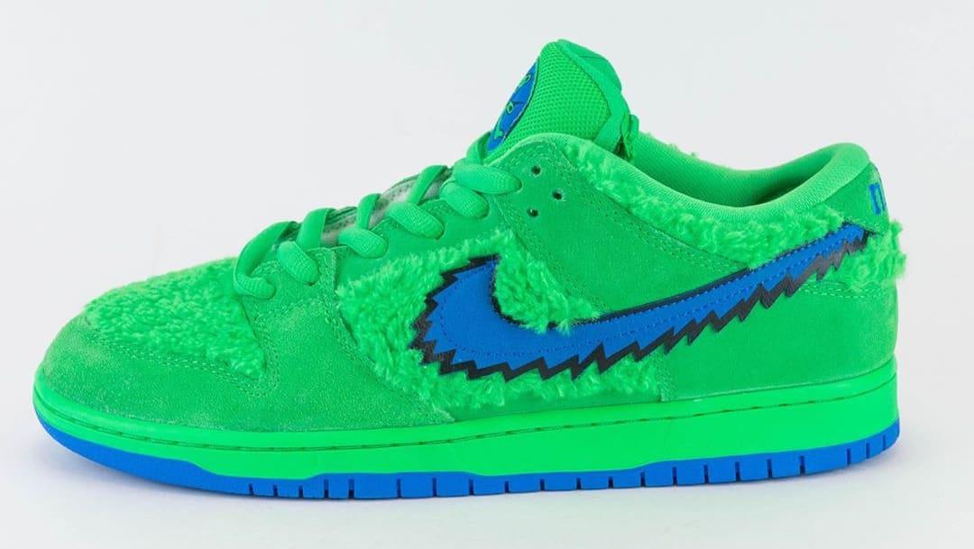 Nike SB Dunk Low Pro QS 'Grateful Dead' Green Spark/Soar CJ5378-300 Lateral