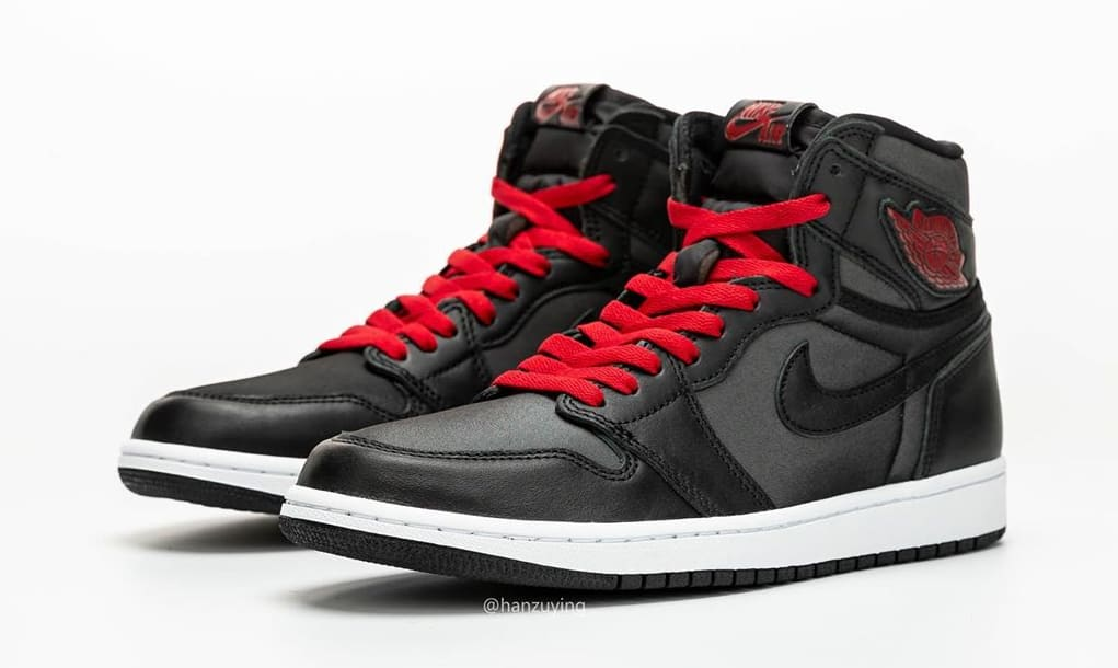 air-jordan-1-retro-high-og-black-gym-red-white-555088-060-first-look-toe