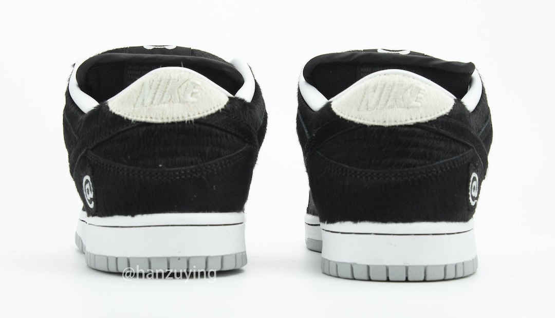 Medicom Toy x Nike SB Dunk Low 'Bearbrick' CZ5127-001 Heel