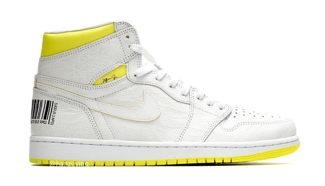 the latest 2584a ba78e Image via hanzuying · Air Jordan 1 'First Class Flight' 555088-170 (Lateral)