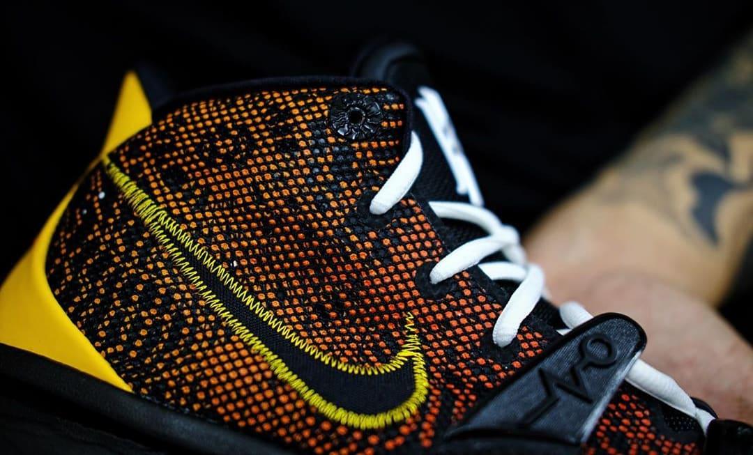 Nike Kyrie 7 'Raygun' Side