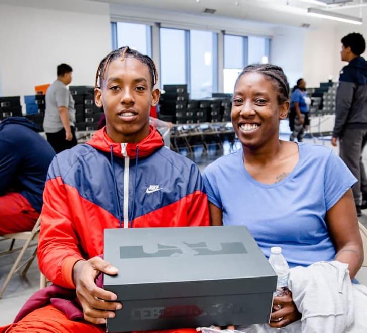 LeBron James I Promise School Sneakers (5)