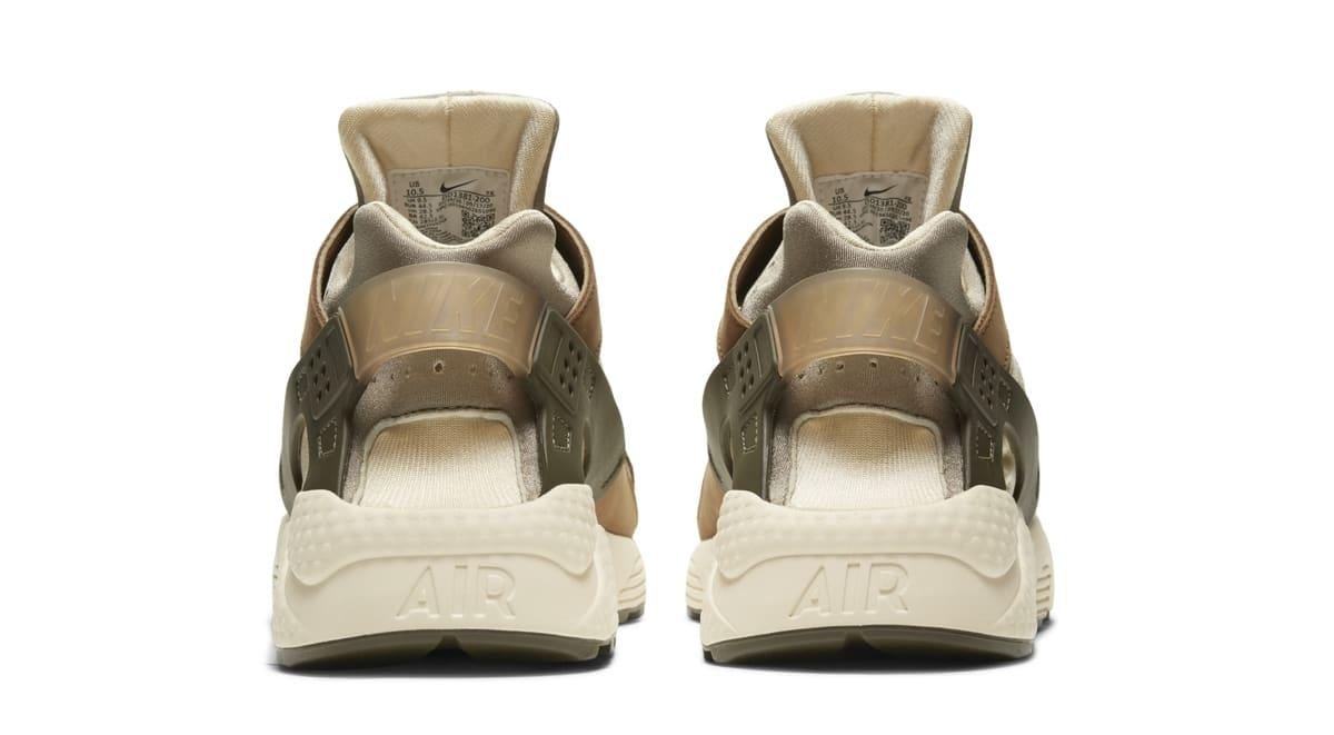 Stussy x Nike Air Huarache 'Desert Oak/Reed/Light Straw' DD1381-200 (Heel)