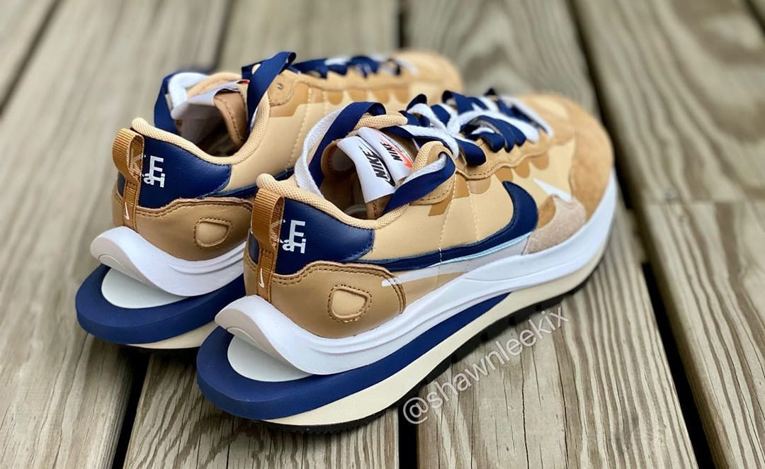Sacai x Nike Vaporwaffle 'Sesame/Blue Void-White' Heel