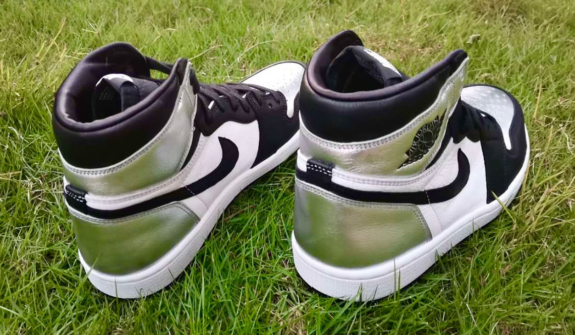 Air Jordan 1 Retro High OG Women's 'Silver Toe' CD0461-001 Heel
