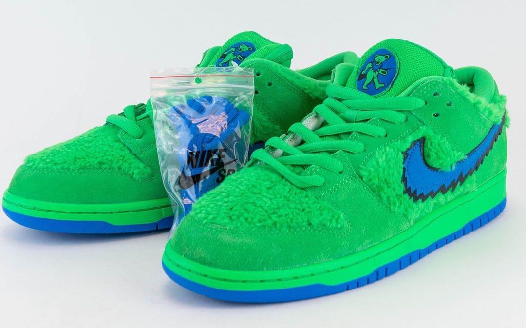 Nike SB Dunk Low Pro QS 'Grateful Dead' Green Spark/Soar CJ5378-300 Front
