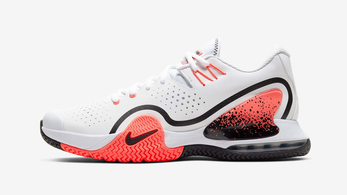 nikecourt-tech-challenge-20-lateral