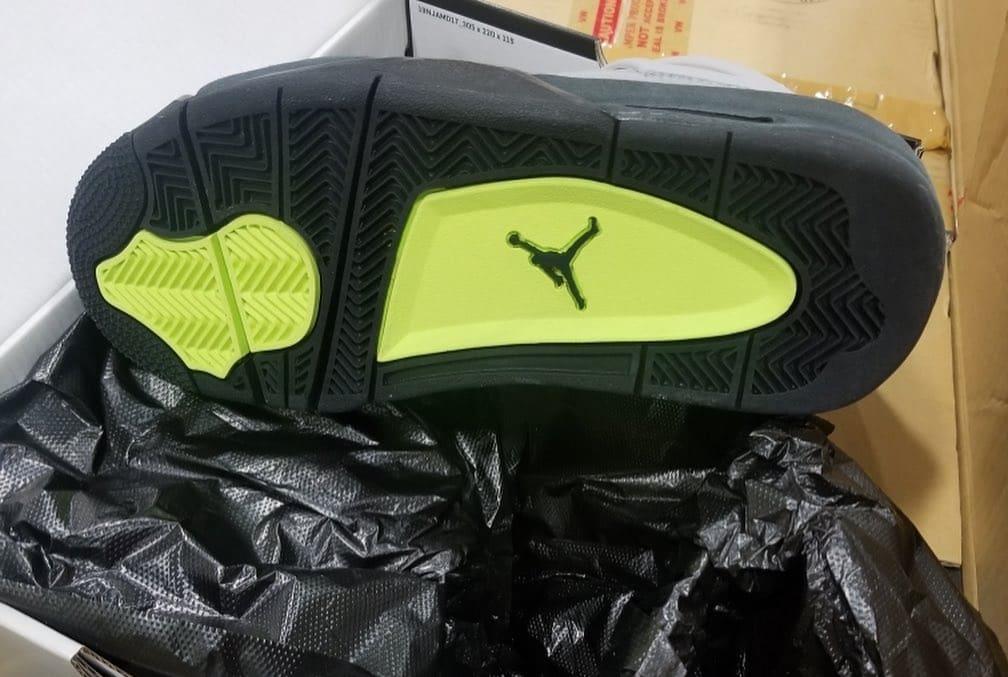 Air Jordan 4 Air Max 95 Neon Release Date CT5342-007 Sole