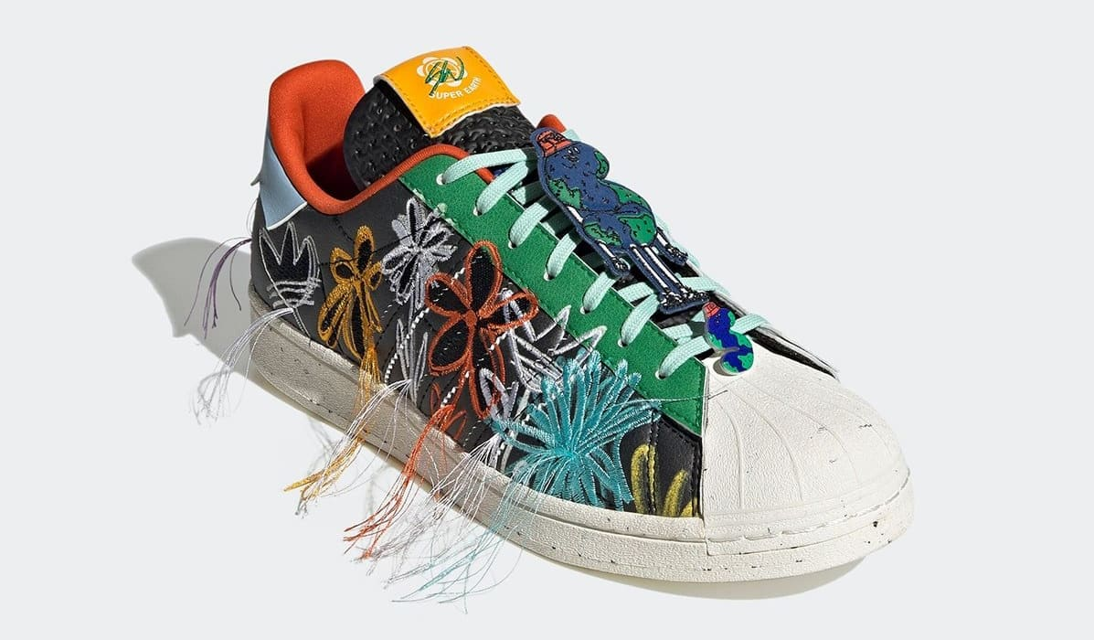Sean Wotherspoon x Adidas Superstar 'Super Earth' Black GX3823 Front