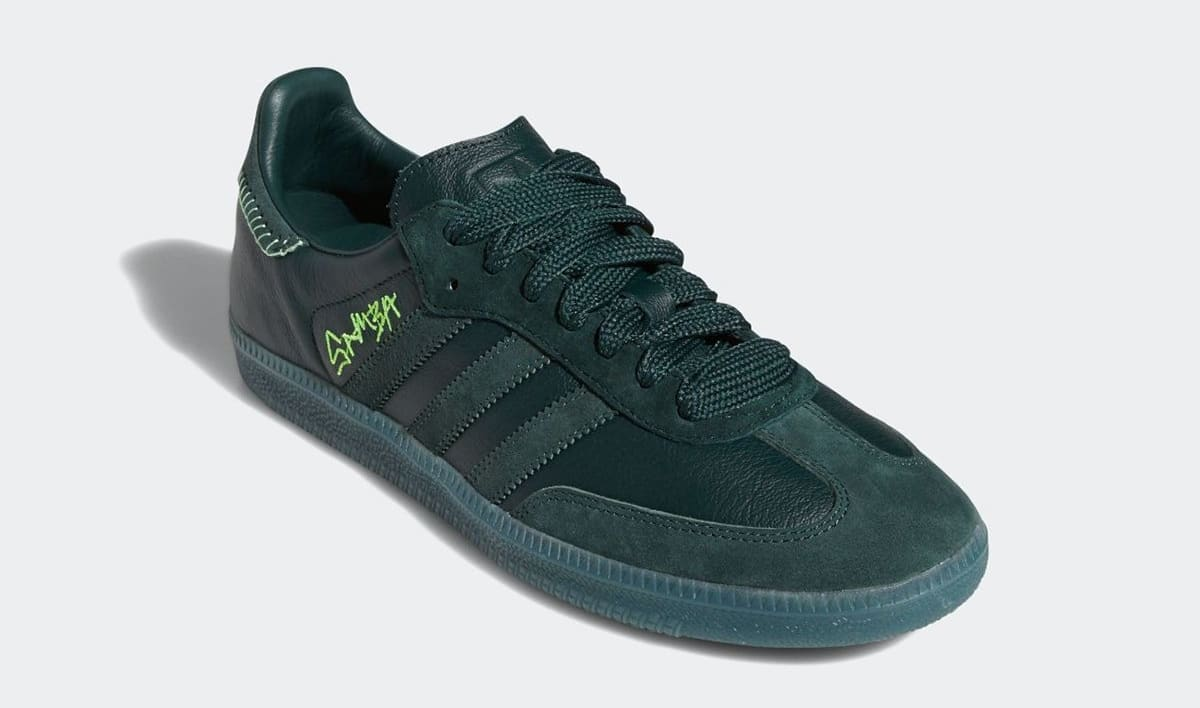 https://images.solecollector.com/images/fl_lossy,q_auto/c_crop,h_708,w_1200,x_0,y_38/bdypmn4bnutzbxbdf3et/jonah-hill-adidas-samba-green-fw7458-front