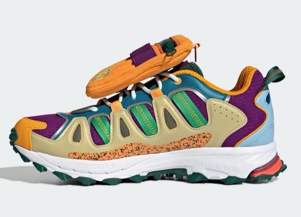 Disney x Sean Wotherspoon x Adidas Superturf Adventure 'Jiminy Cricket' (Medial)