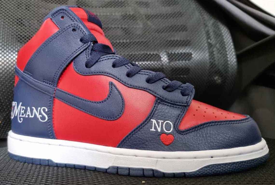 Supreme x Nike SB Dunk High Navy/Red Lateral