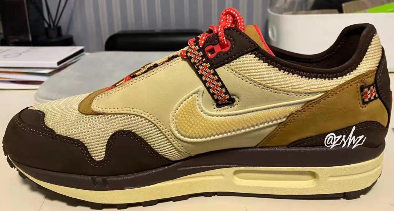 Travis Scott x Nike Air Max 1 (Medial)