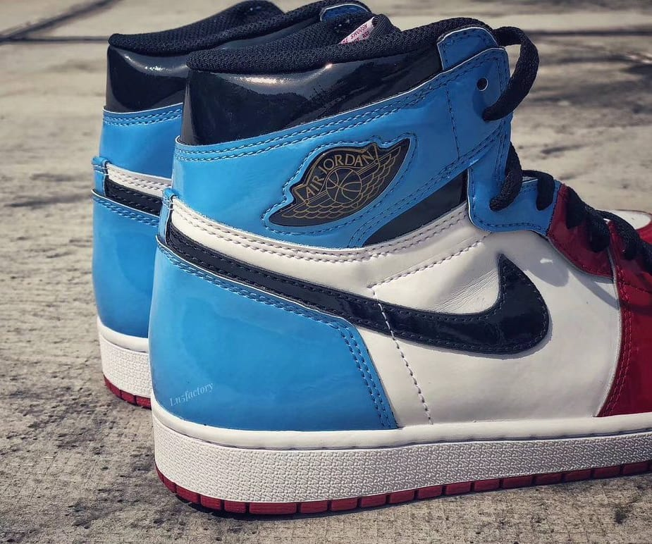 Air Jordan 1 Retro High OG 'UNC to Chicago' First Look Heel