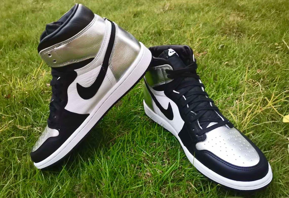 Air Jordan 1 Retro High OG Women's 'Silver Toe' CD0461-001 Side