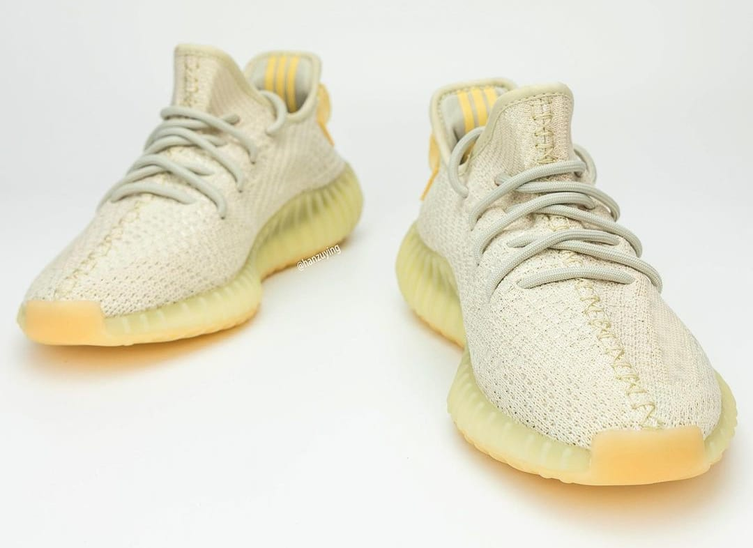 Adidas Yeezy Boost 350 V2 'Light' Front