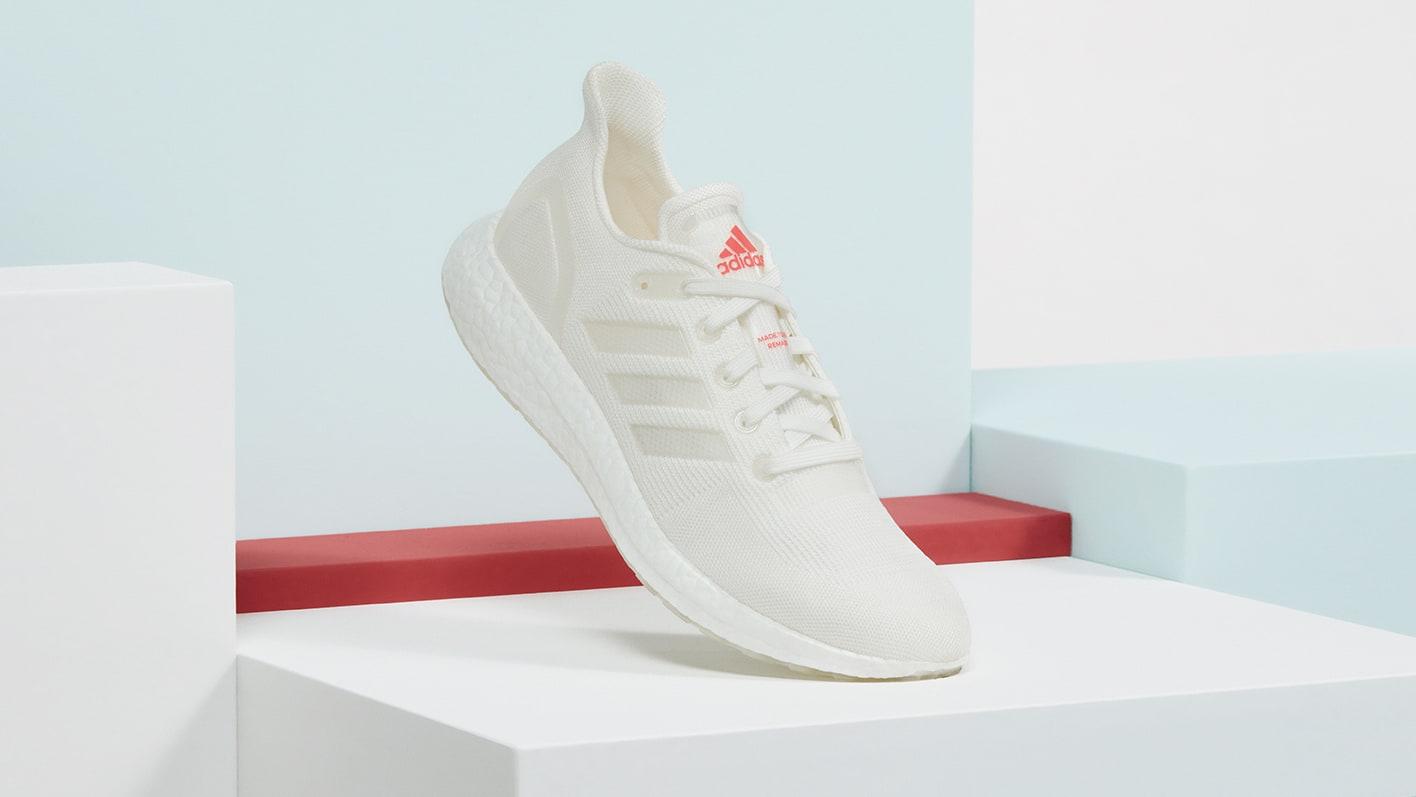 Adidas Ultra Boost DNA LOOP