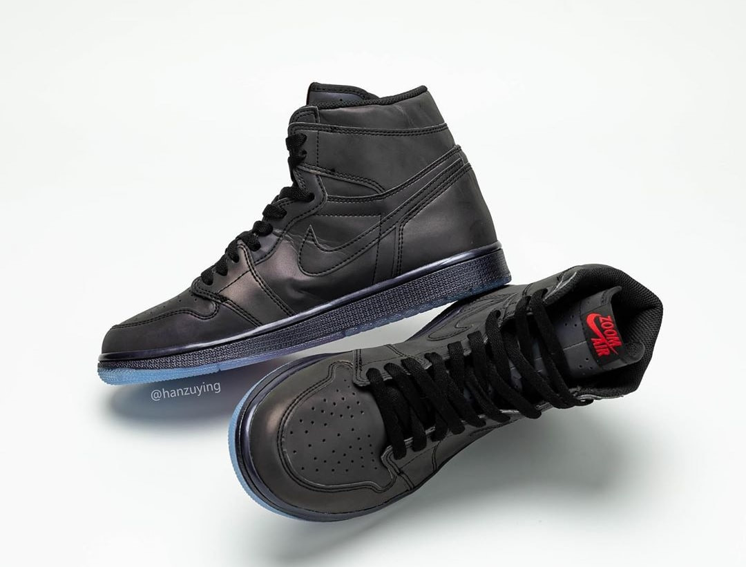 Air Jordan 1 High Zoom R2T BV0006-900 (Top and Medial)