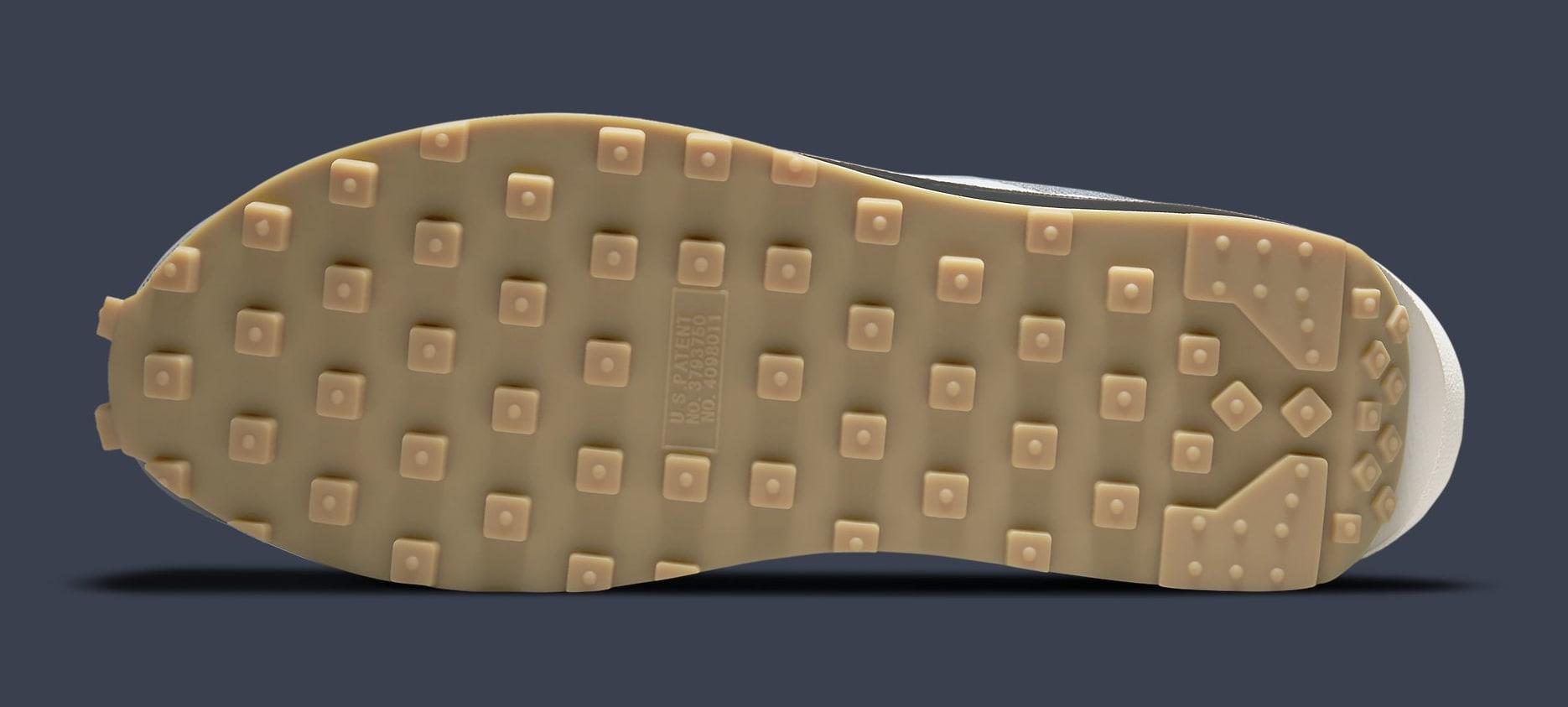 Clot x Sacai x Nike LDWaffle 'Cool Grey' DH3114-001 Outsole
