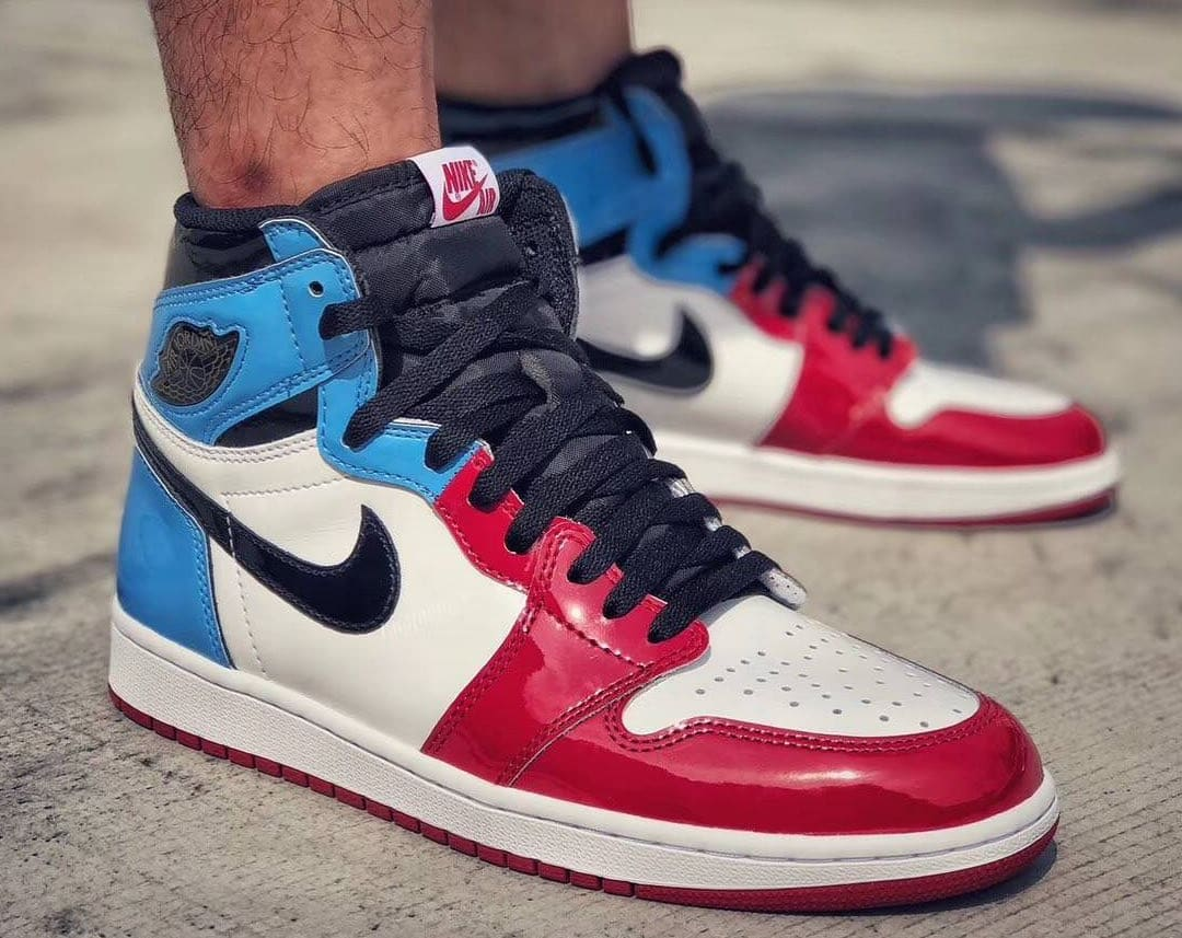 Air Jordan 1 Retro High OG 'UNC to Chicago' First Look On Feet