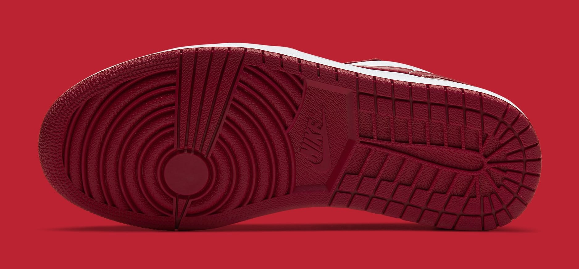 """Air Jordan 1 Low """"Gym Red"""" Coming Soon: Official Photos"""