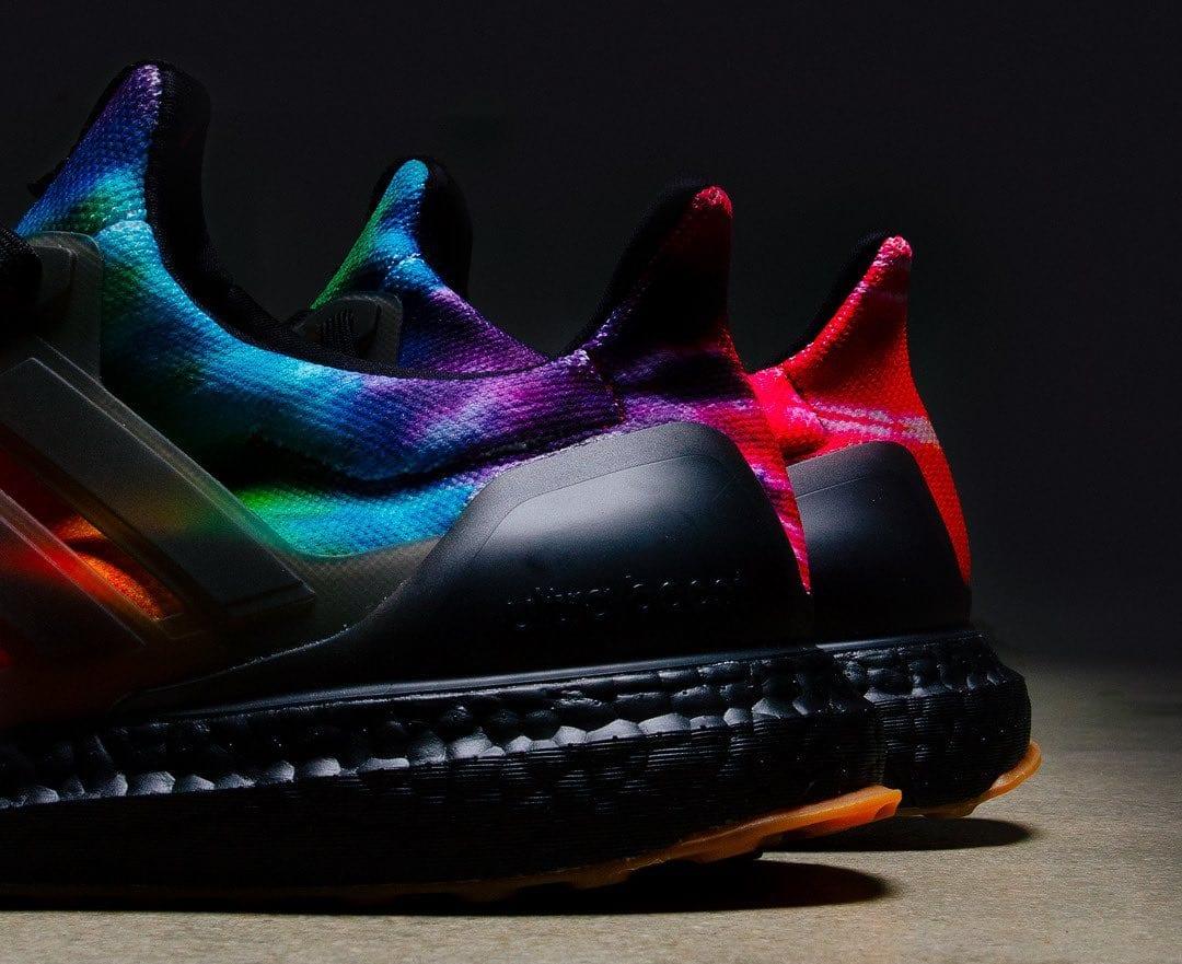 nice-kicks-adidas-ultra-boost-black-tie-dye-heel
