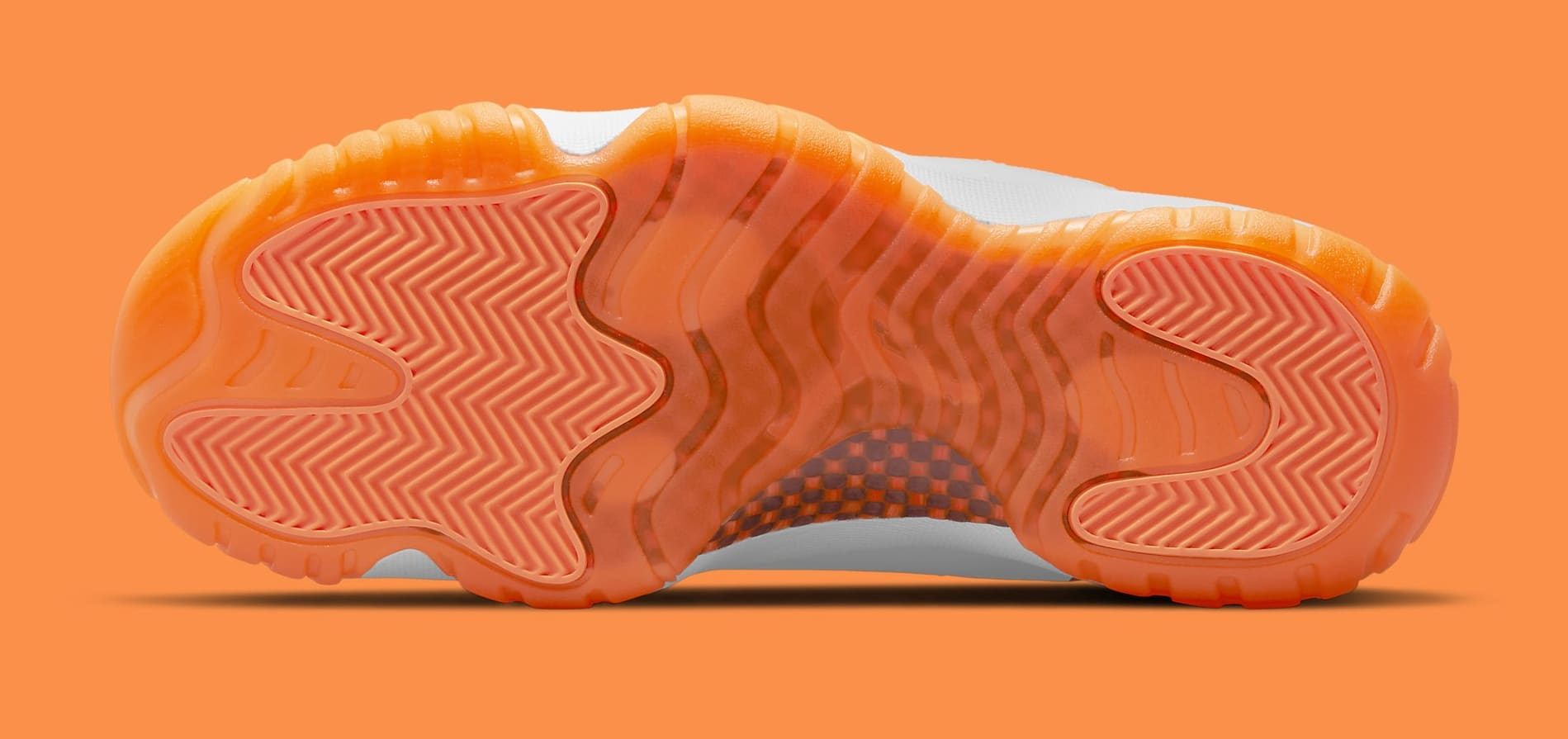 Air Jordan 11 Retro Low Women's 'Citrus' AH7860-139 Outsole