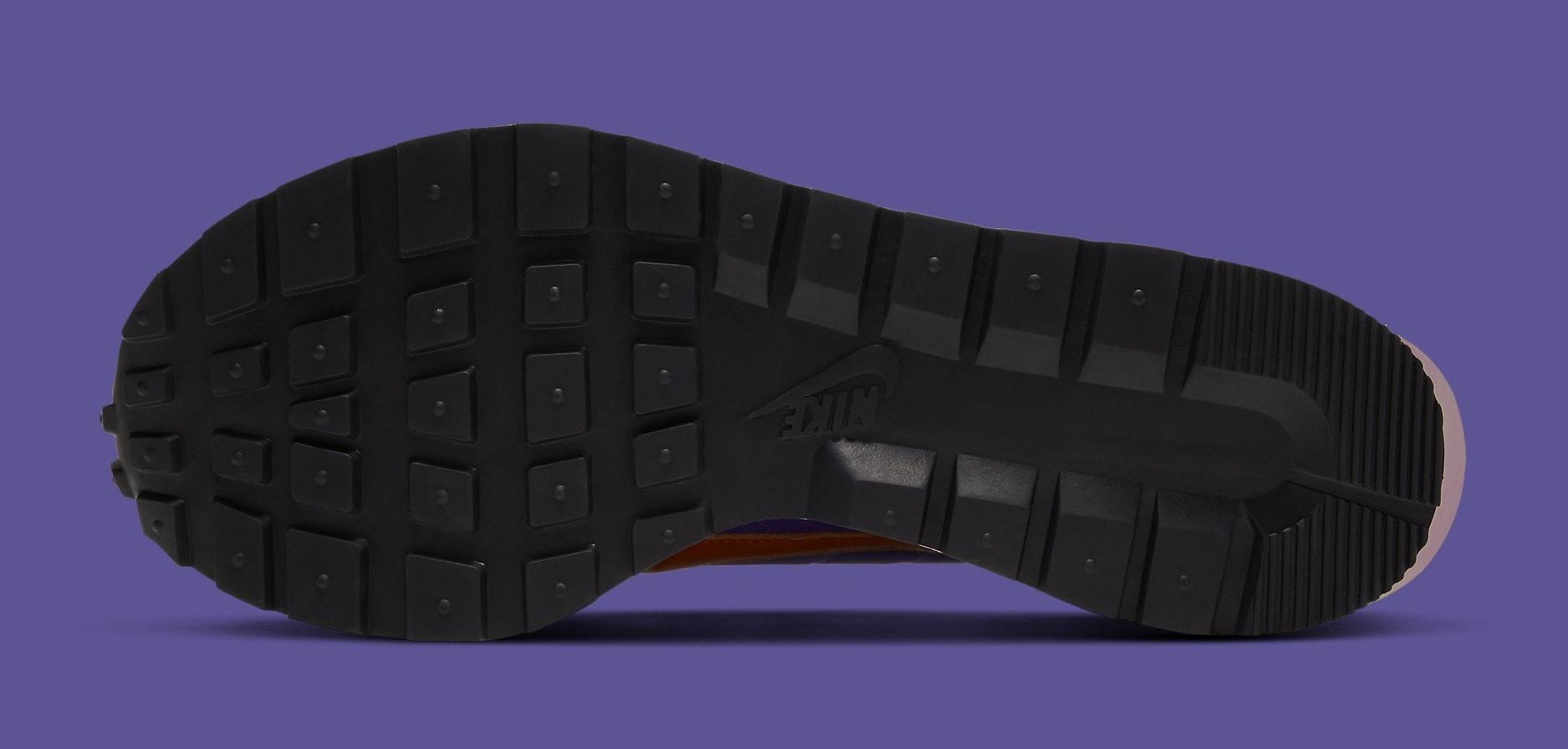 Sacai x Nike VaporWaffle 'Dark Iris' DD1875-500 Outsole